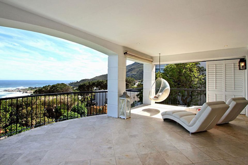 Villa Blanca - Patio Views