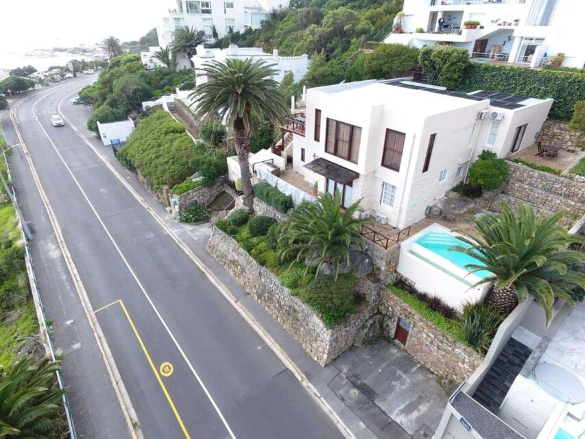 Camps Bay Terrace Palm Suite  - Drone Image of road