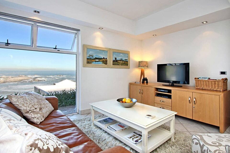 Camps Bay Terrace Suite - Living area & TV