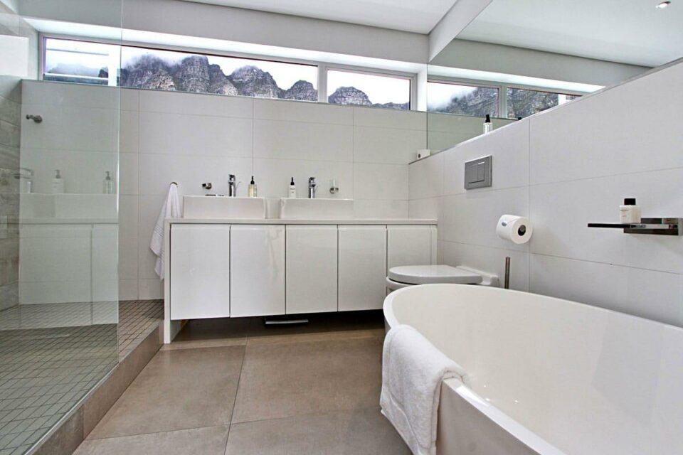 Hougthon Penthouse - En-Suite Bathroom
