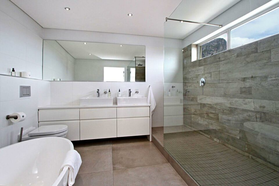 Hougthon Penthouse - Shared Bathroom