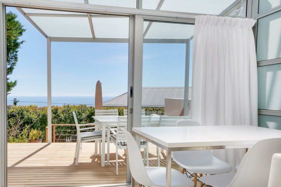 Sea Escape - Dining area and Terrace views