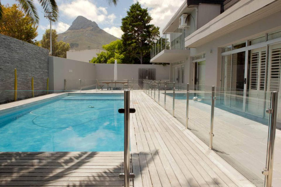 Central Drive - Exterior & Swimming pool