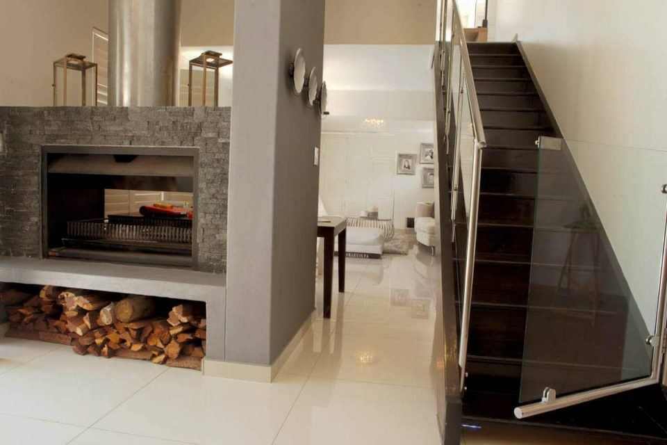 Central Drive - Fire place