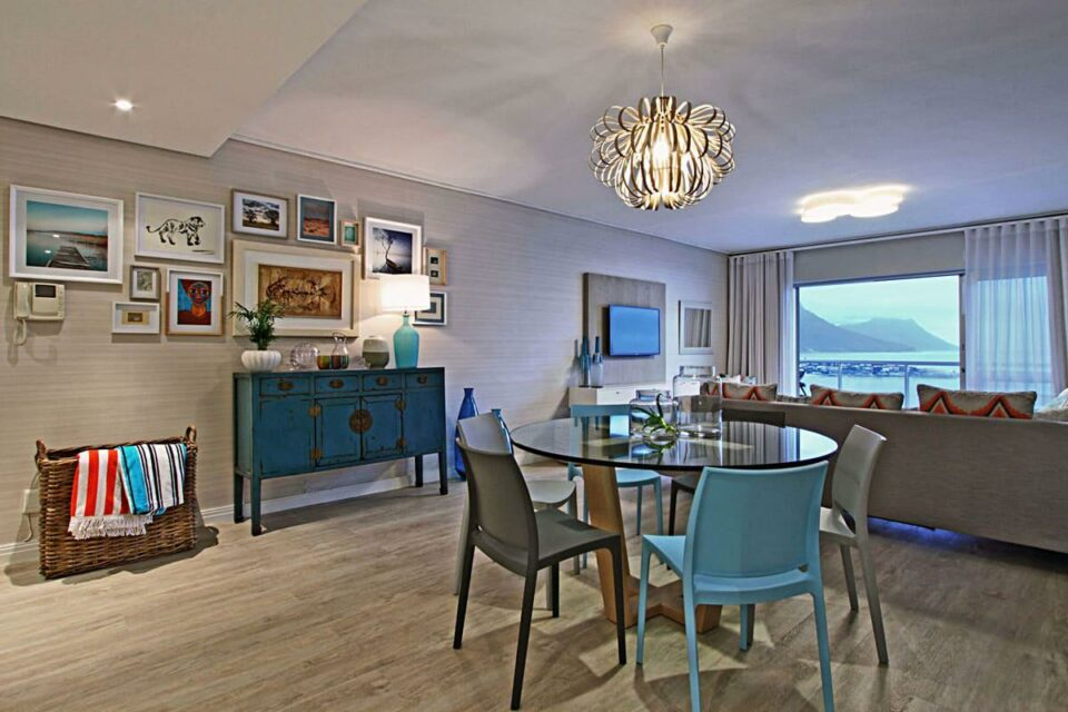 Dunmore Blue - Living & dining area