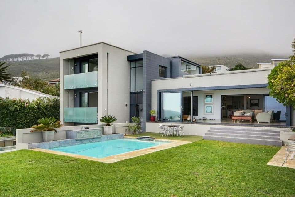 Hely Villa - Exterior View & pool