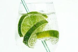 lime-club-soda-drink-cocktail_Easy-Resize.com