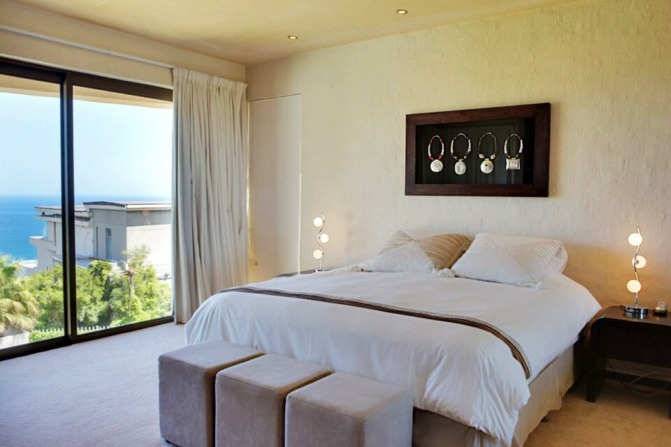 Oudekraal Lodge - Master bedroom