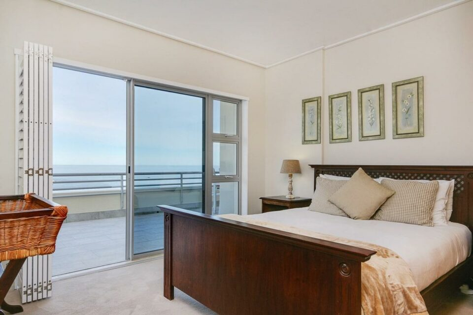 Penthouse on Clifton - Second bedroom