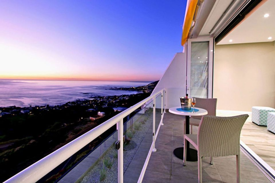 Sunset Cove - Balcony & ocean view