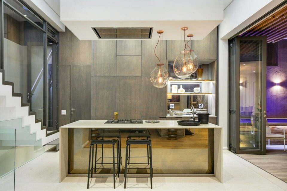 157 Waterkant - Kitchen & Seating