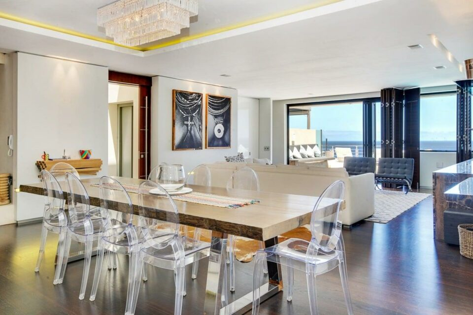 Barley Bay - Dining area