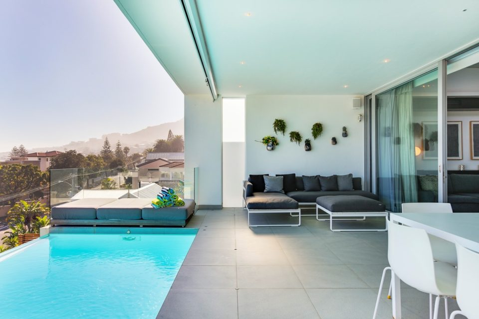 Habrok - Outdoor seating & Pool