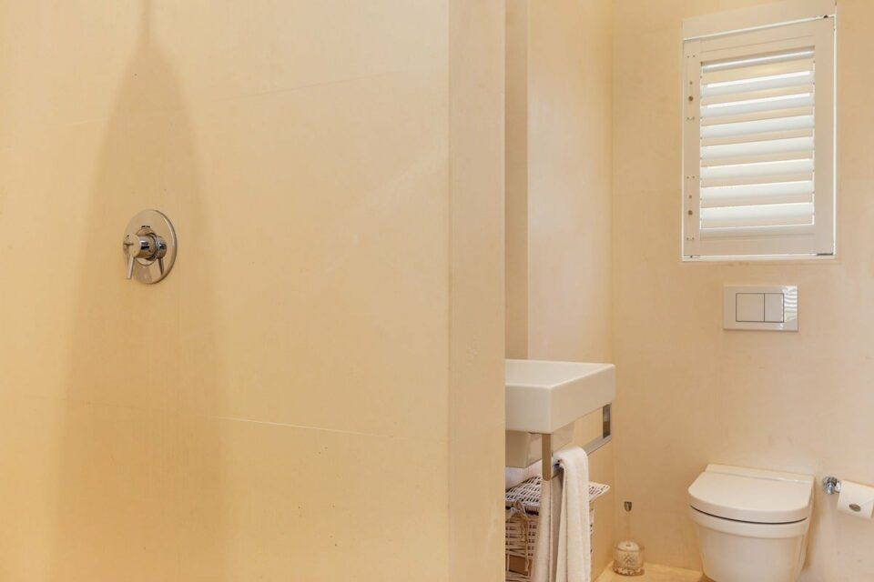 Barbados - Bathroom