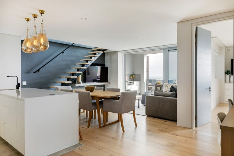 Penthouse on B - Open plan living area