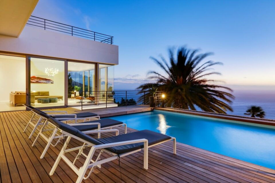 The Views - Swimming pool deck