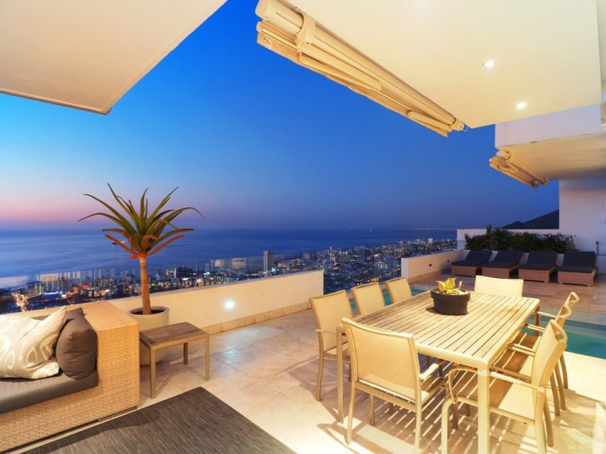 Top Views - Outdoor seating