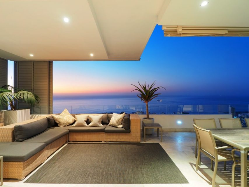 Top Views - Seating with views