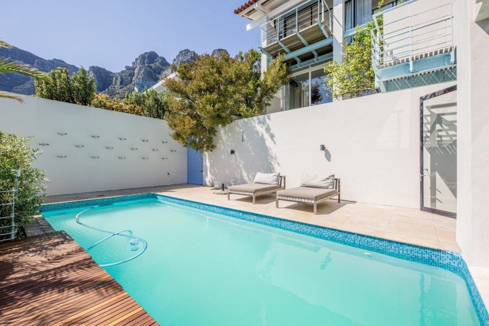 Seventy Eight - Private pool