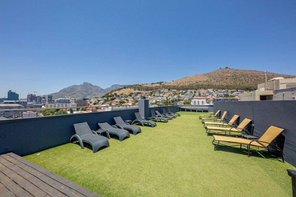 407 Royale - Rooftop Deck