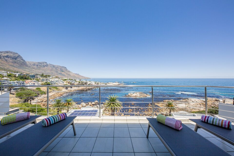 Camps Bay Terrace Penthouse - Balcony with Views