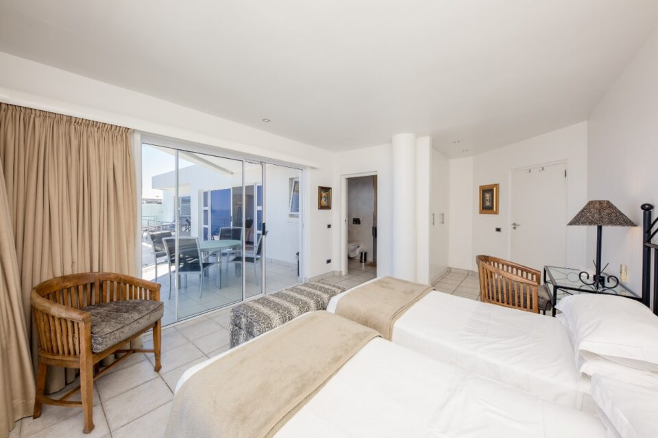 Camps Bay Terrace Penthouse - Second Bedroom