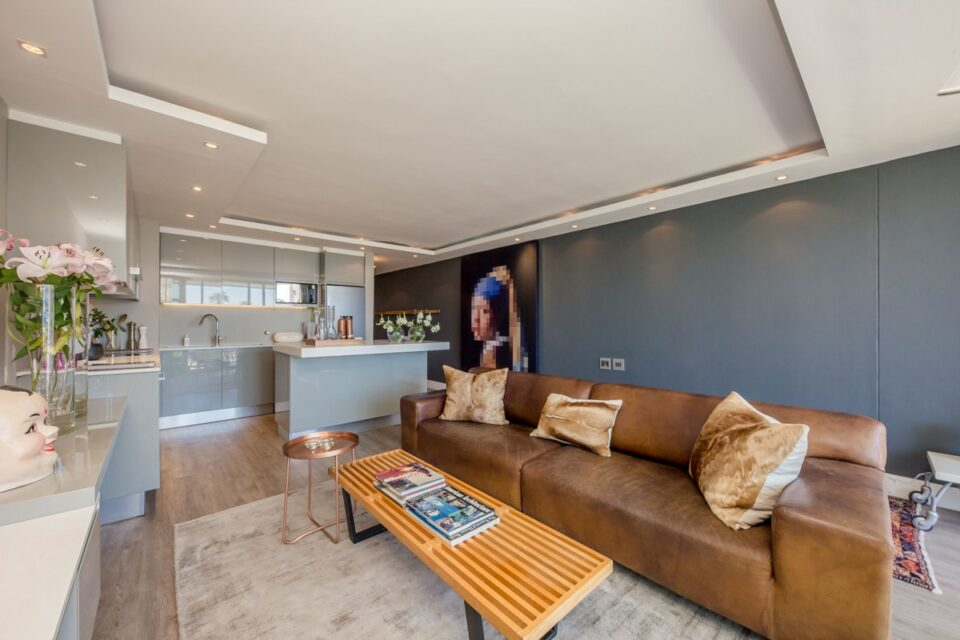 African Anchor - Open plan living