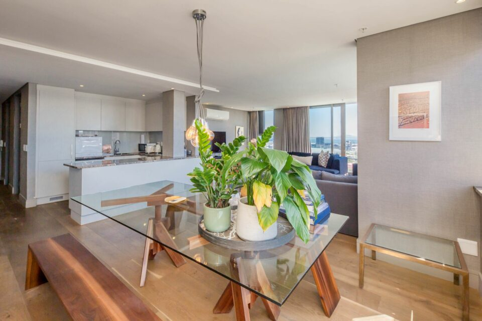 Waterfront Lights - Dining/Kitchen