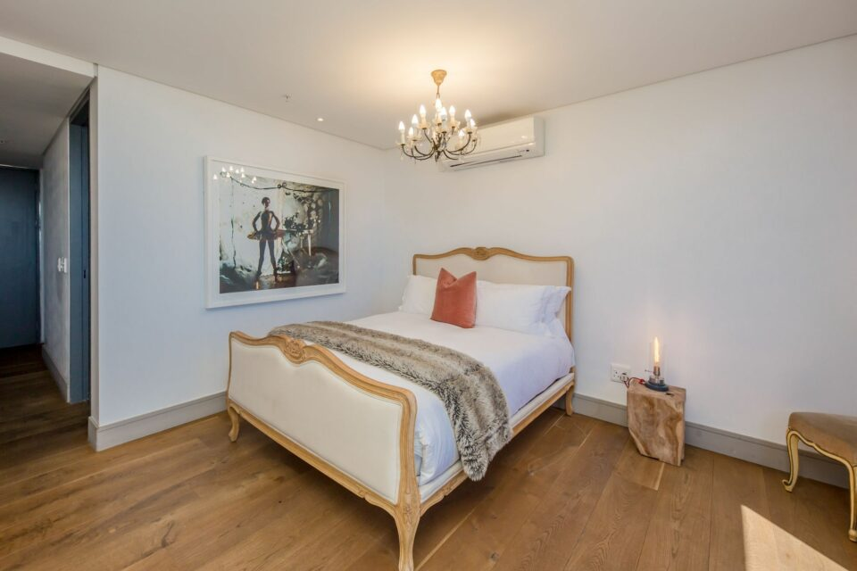 Waterfront Lights - Lovely Second Bedroom