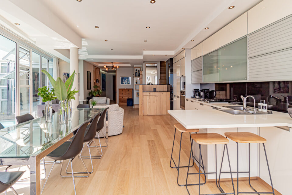 Paloma Apartment - Dining and kitchen