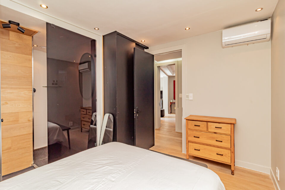 Paloma Apartment - Second bedroom with en-suite
