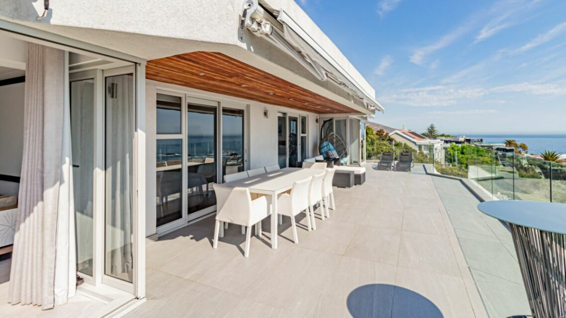 Houghton Penthouse - Outside Dining