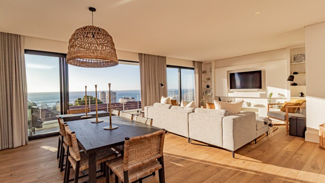 Alpha Sunsets - Open plan living room with views