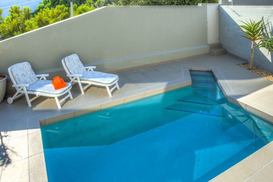 Houghton Steps - Sun Loungers and Pool