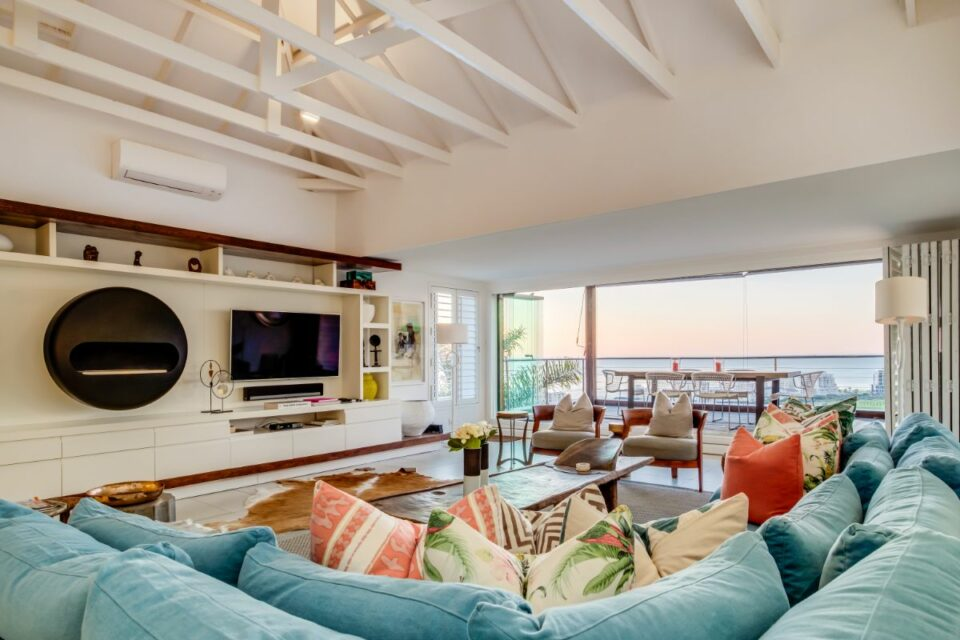 3 Degrees North Penthouse - Living and TV