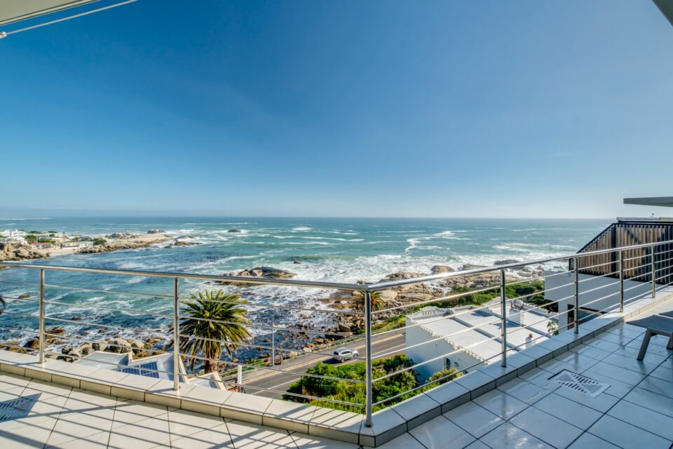 Camps Bay Terrace Penthouse - Balcony View