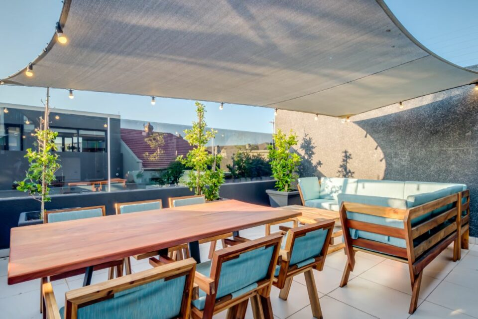 House of M - Outdoor Dining