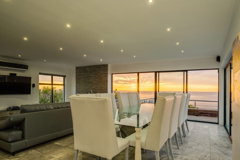 Sunset Views - Dining table and views